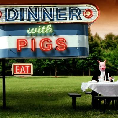 DinnerWithPigs_1080